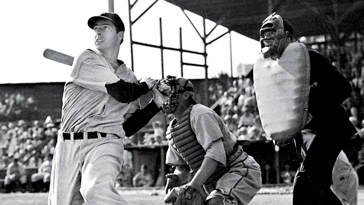 #Tbt This Week in Baseball History: Joe DiMaggio's Hit Streak