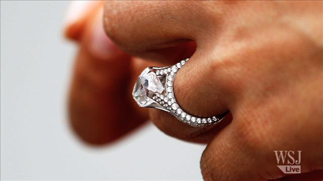 How to Get a Deal on an Engagement Ring