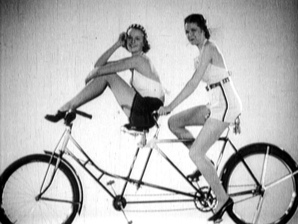 Cycling Fashions of 1936