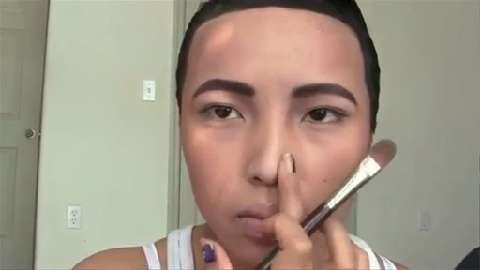 Makeup Artist Transforms Herself Into Drake