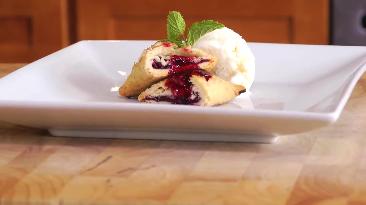 How to Make Fresh Cherry Turnovers