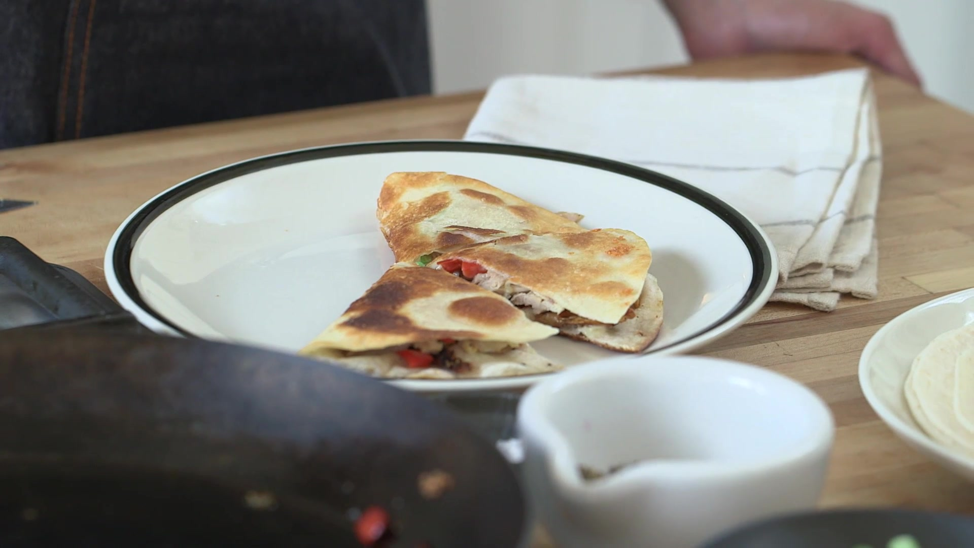 How to Make Quesadillas From Leftover Chicken