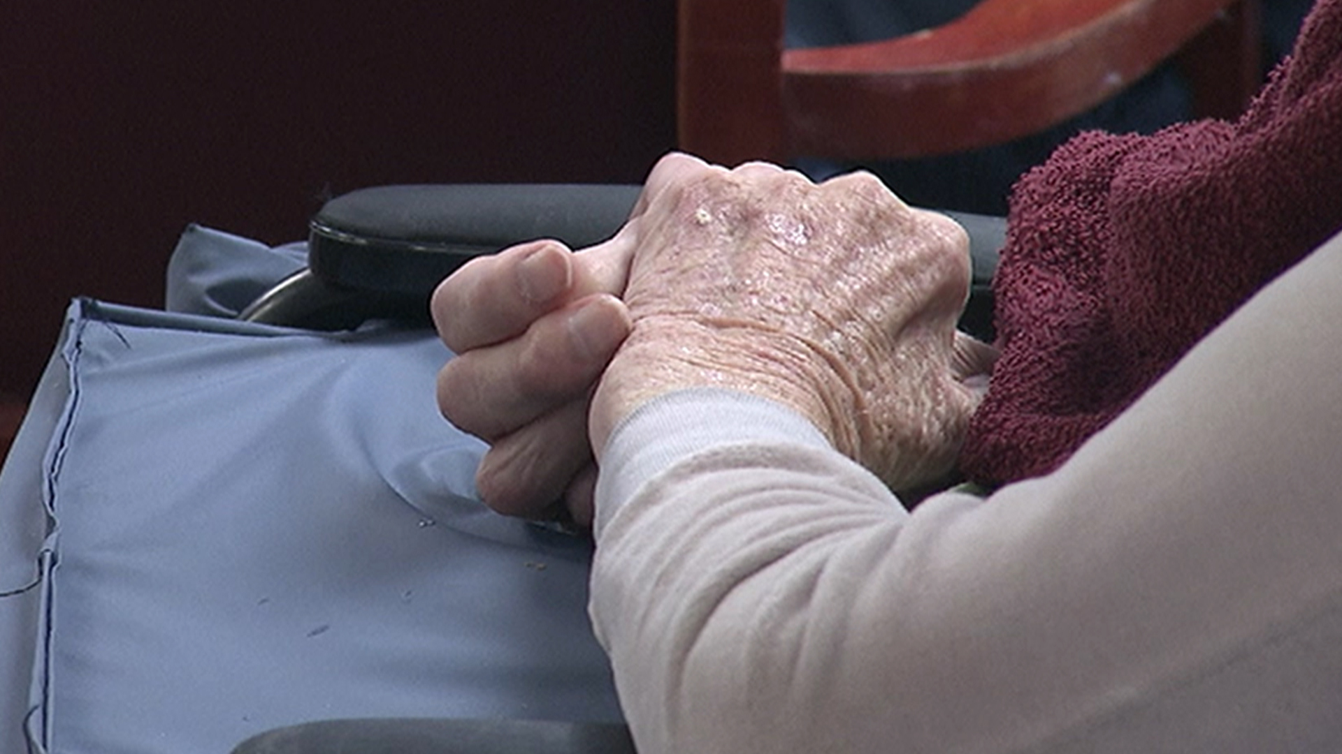Impaired Sense of Smell May Signal Dementia Risk in Seniors