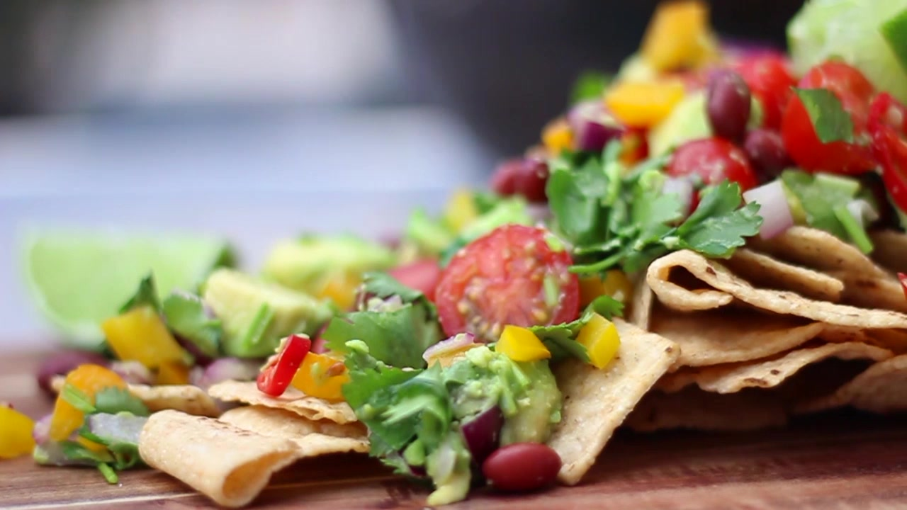 How to Make Vegan Nachos