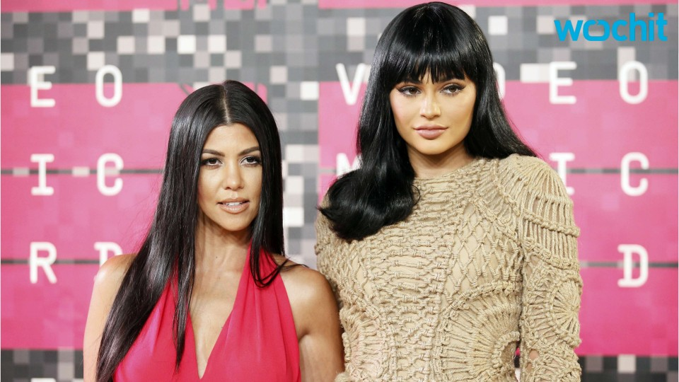 Kourtney Kardashian Seduces Kylie Jenner's Friend