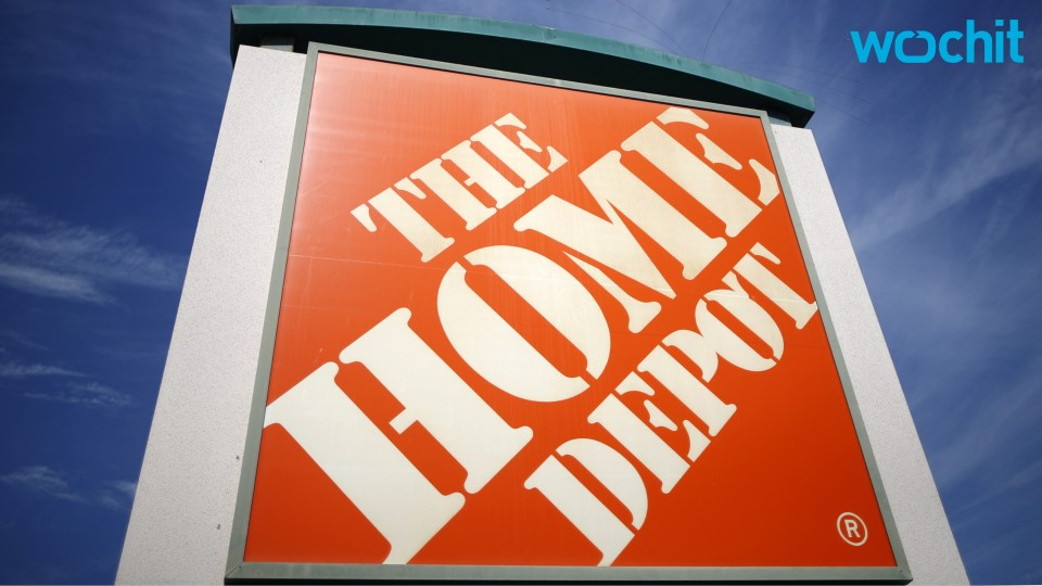 Home Depot Sales Get a Boost From Warm Weather