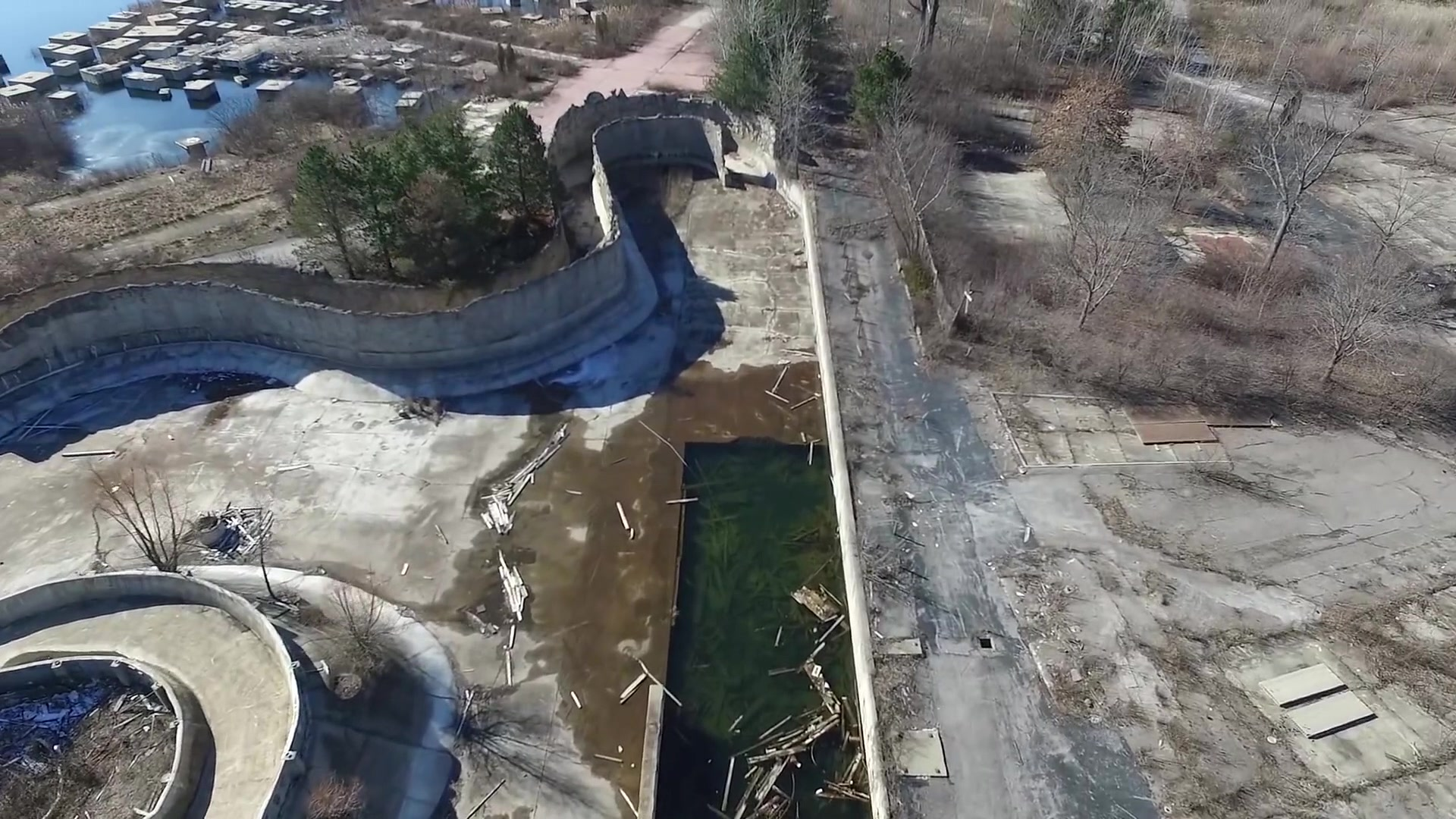Eerie Drone Footage of Cleveland's Abandoned Theme Park