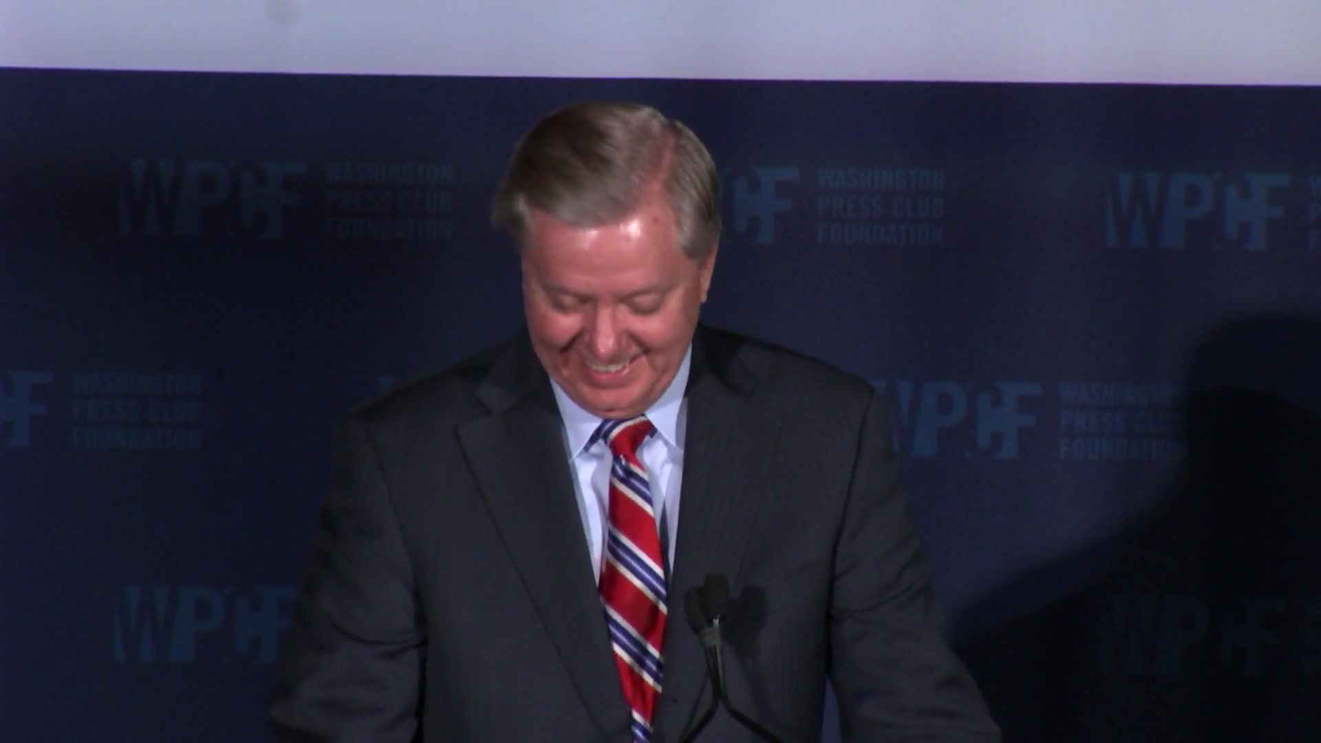 Sen. Lindsey Graham Roasts Republican Candidates