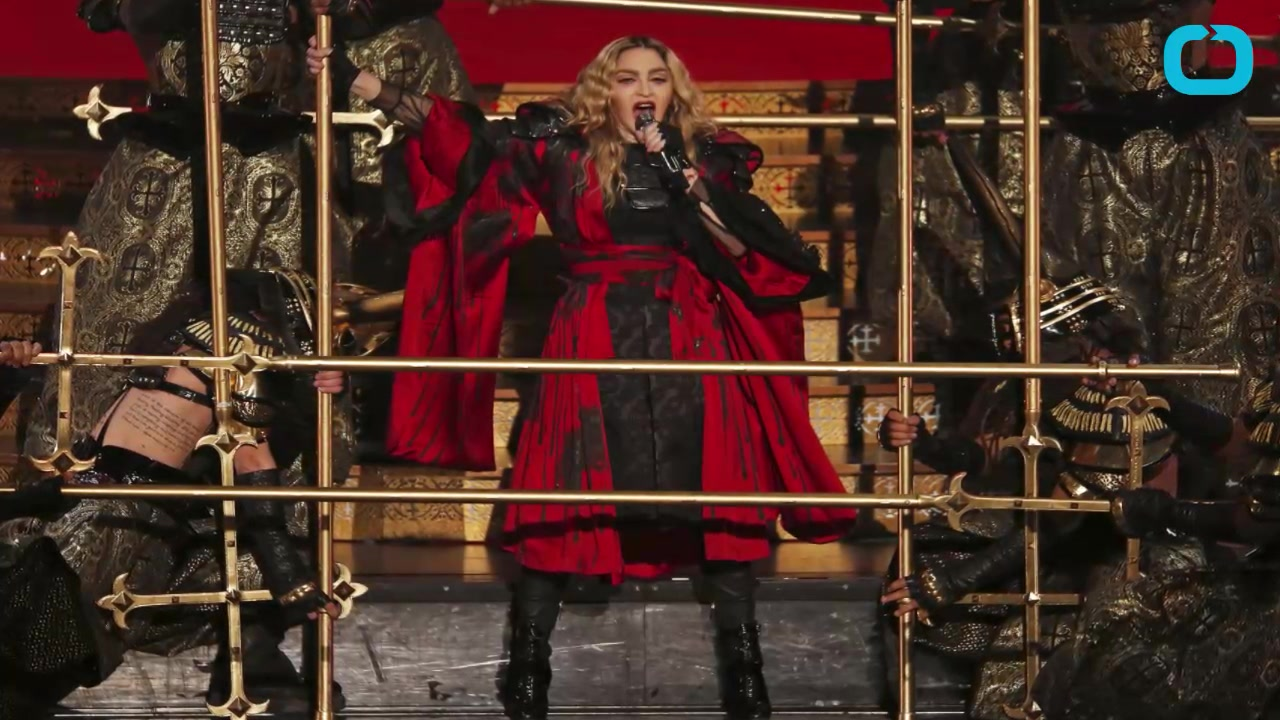 Madonna Disrespects Philippines Flag At Manilla Concert