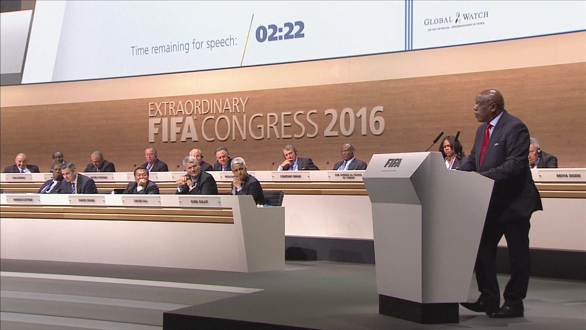 Tokyo Sexwale Pulls Out Before First Round of FIFA Presidential Vote