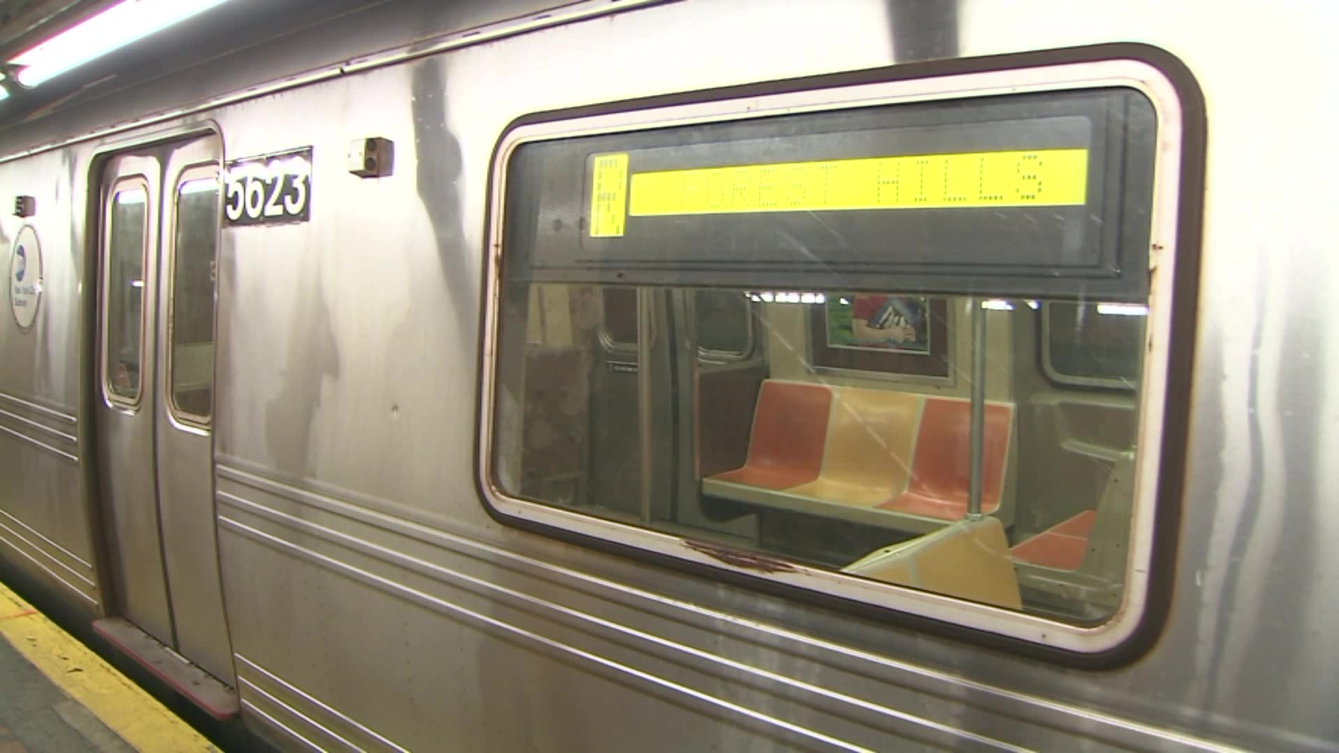 Man Slashed by Fellow Rider on NYC Subway