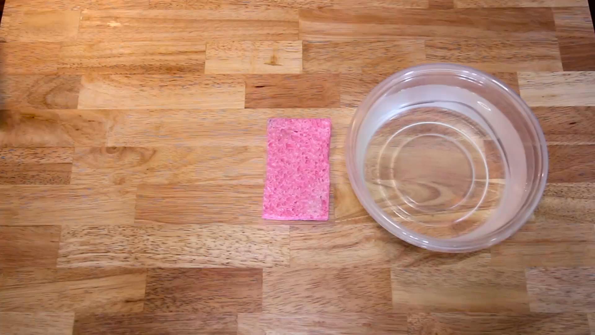Four Surprising Uses for Kitchen Sponges