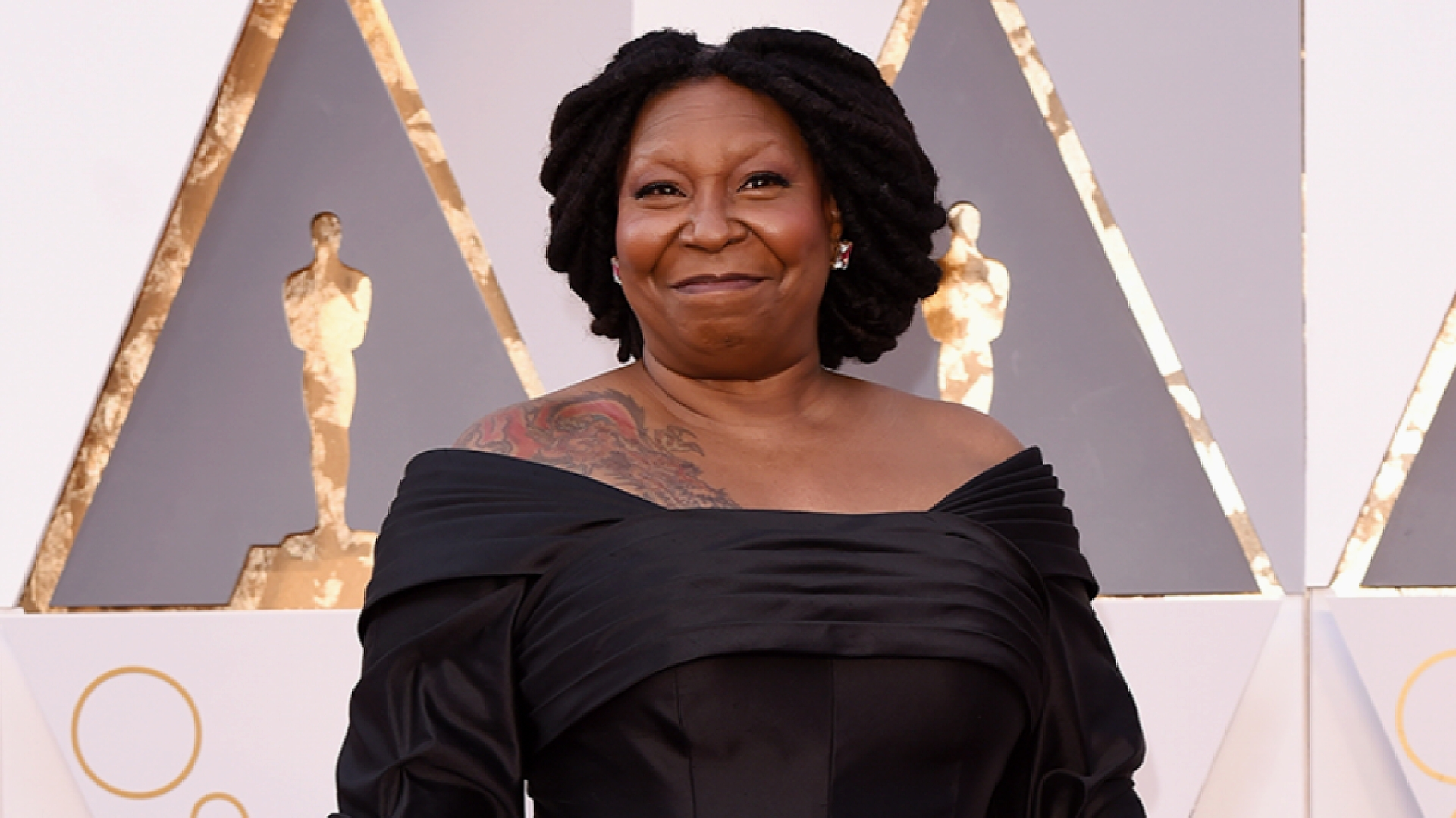 Whoopi Goldberg Reacts to Oprah Winfrey Oscars Flub