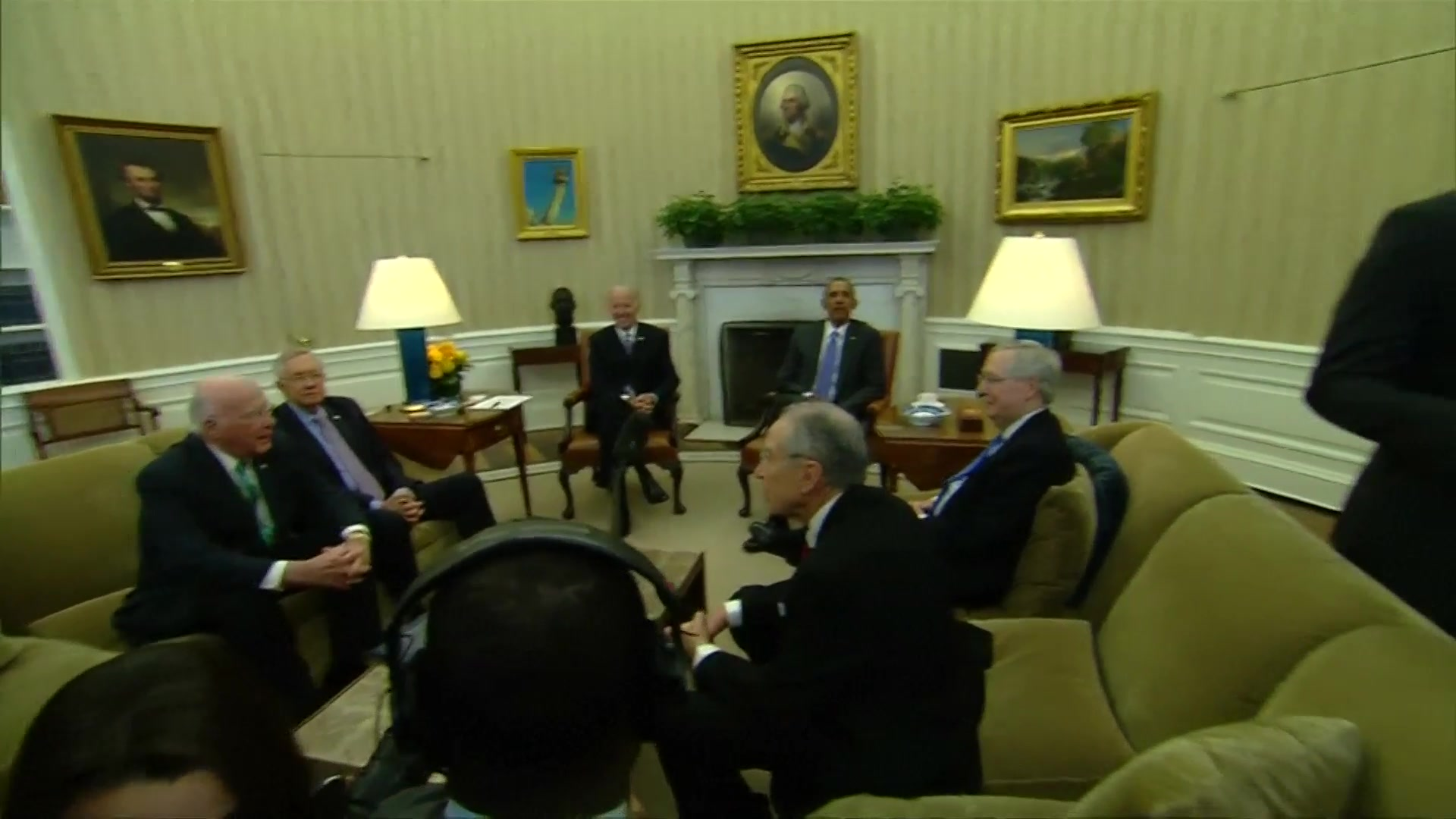 Obama Meets Republicans to Discuss Scalia Successor