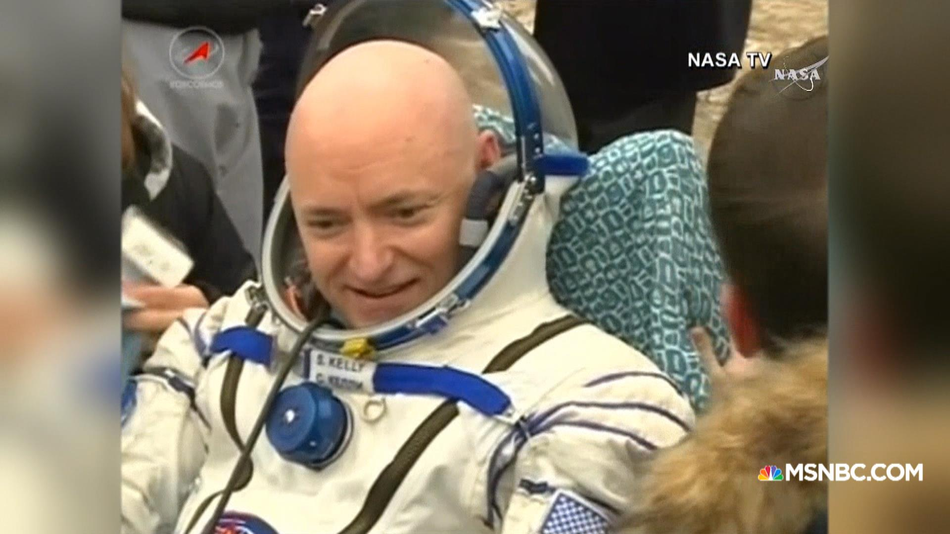 Astronaut Scott Kelly Returns to Earth