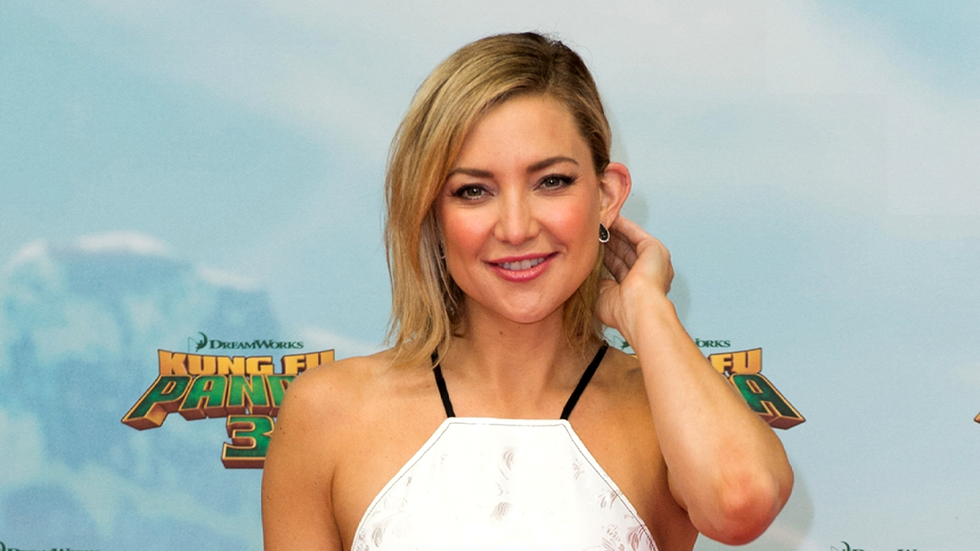 Kate Hudson's Outfit: Love It or Leave It?