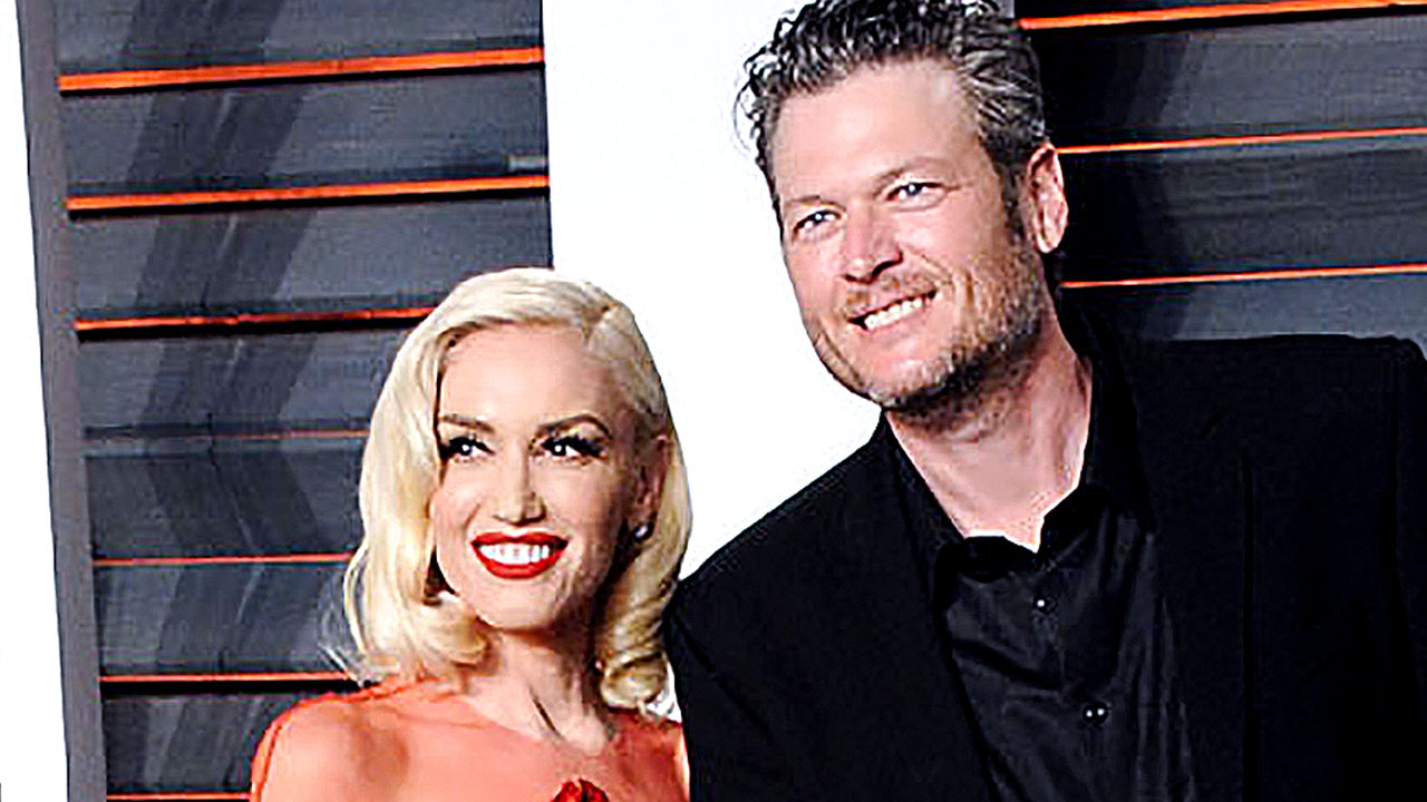 See Gwen Stefani and Blake Shelton's Cutest PDA Moments