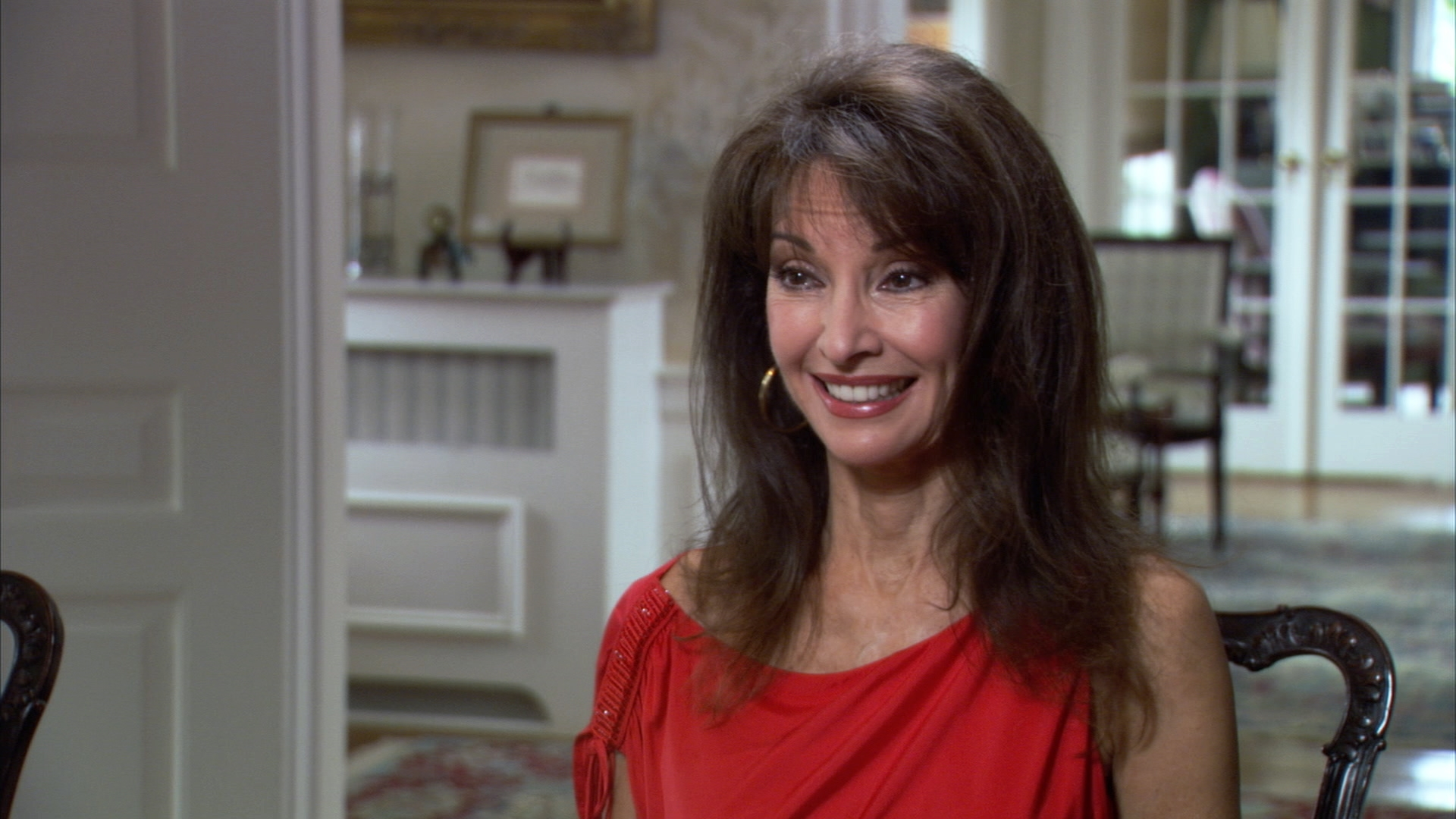 'Long Island Medium ': Susan Lucci Hears from Her Grandmother