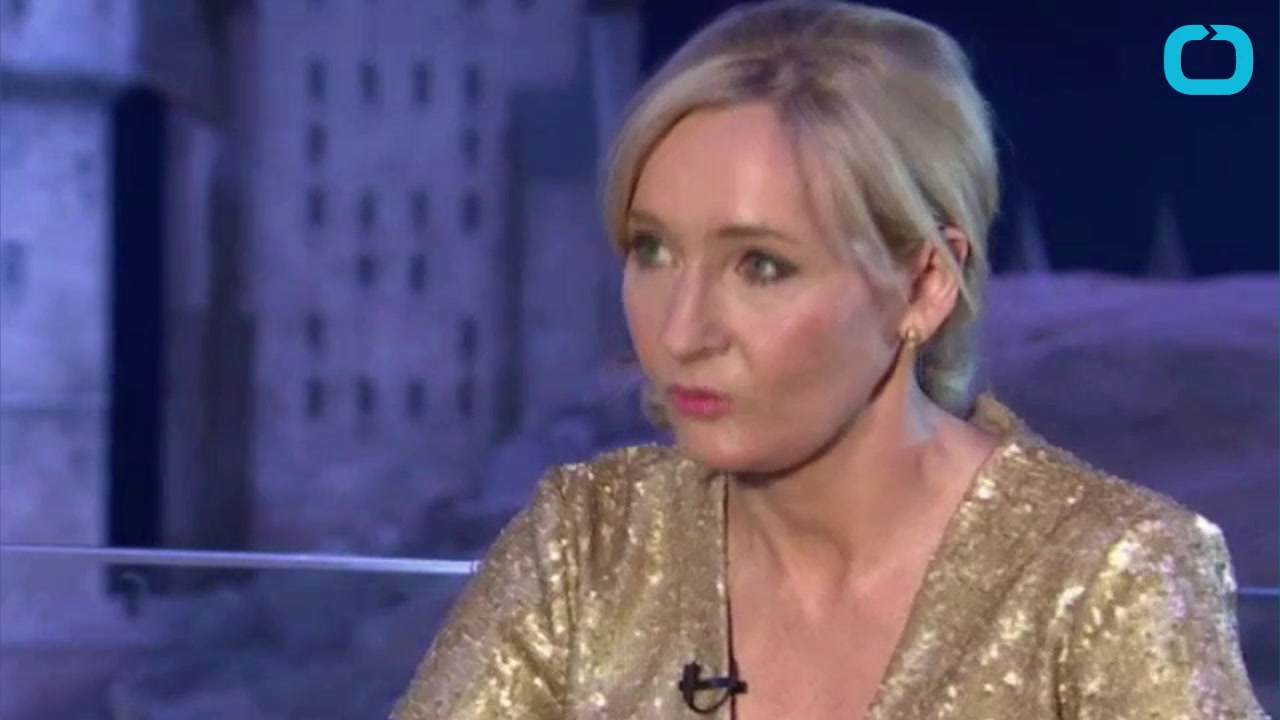 J.K. Rowling Takes Sides in a Feud Between Rival Libraries