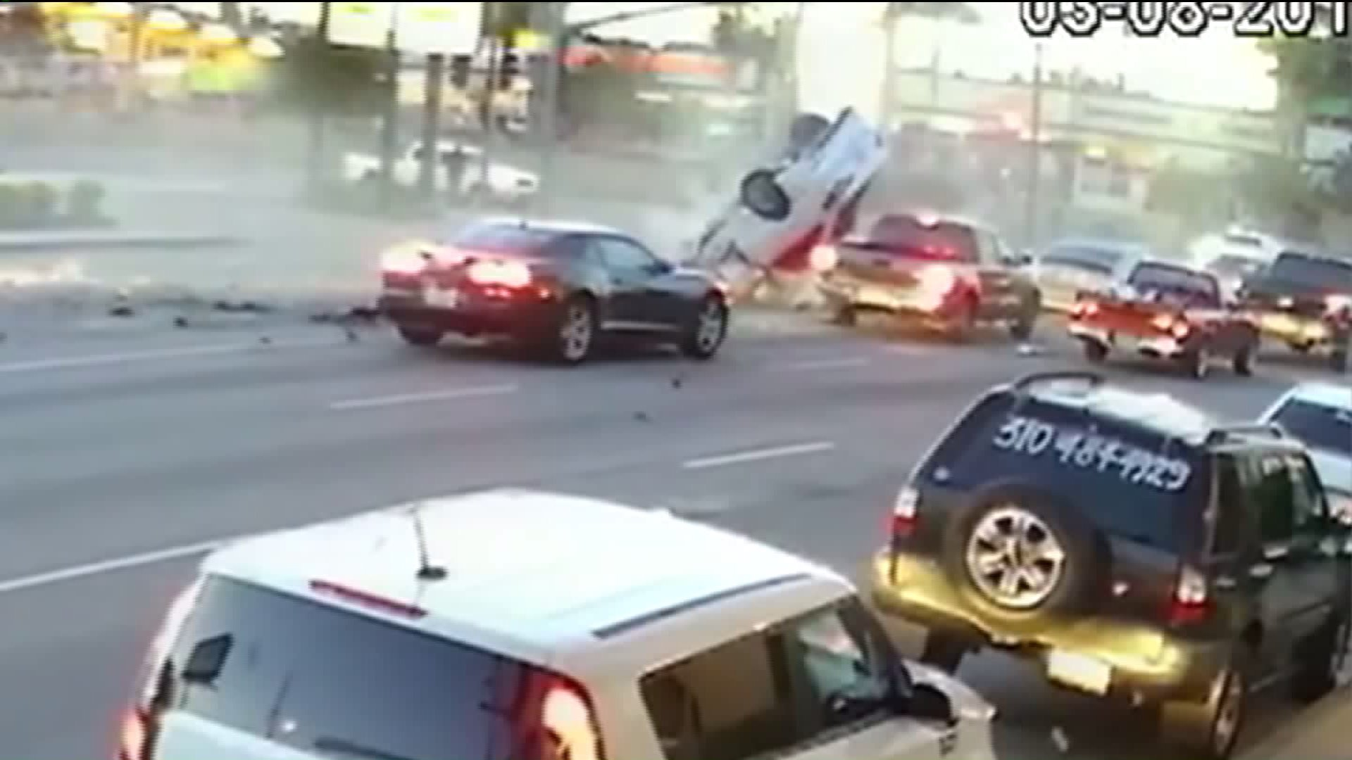 Wild Five-Vehicle Crash Caught on Camera