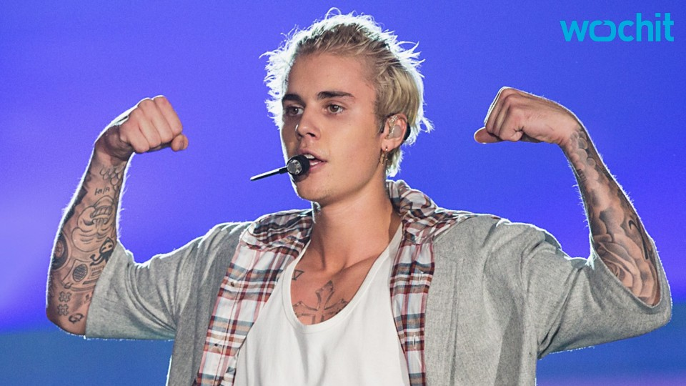 "Kanye West: Justin Bieber Hit Was His ""Favorite Song of 2015"""