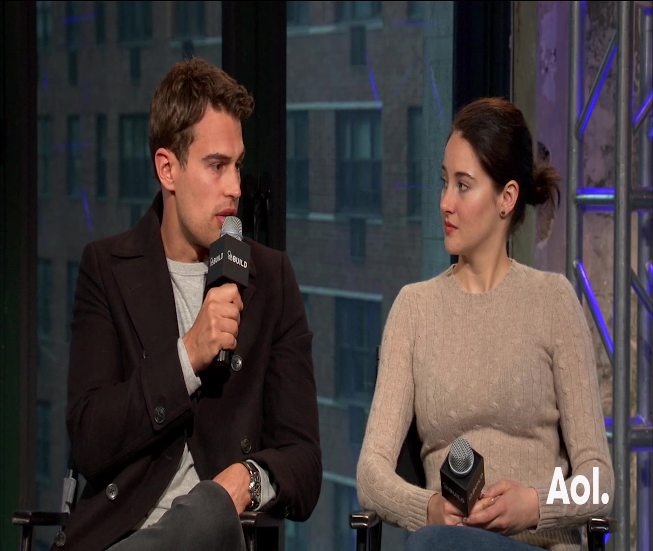 Shailene Woodley and Theo James on Working Together in The Divergent Series