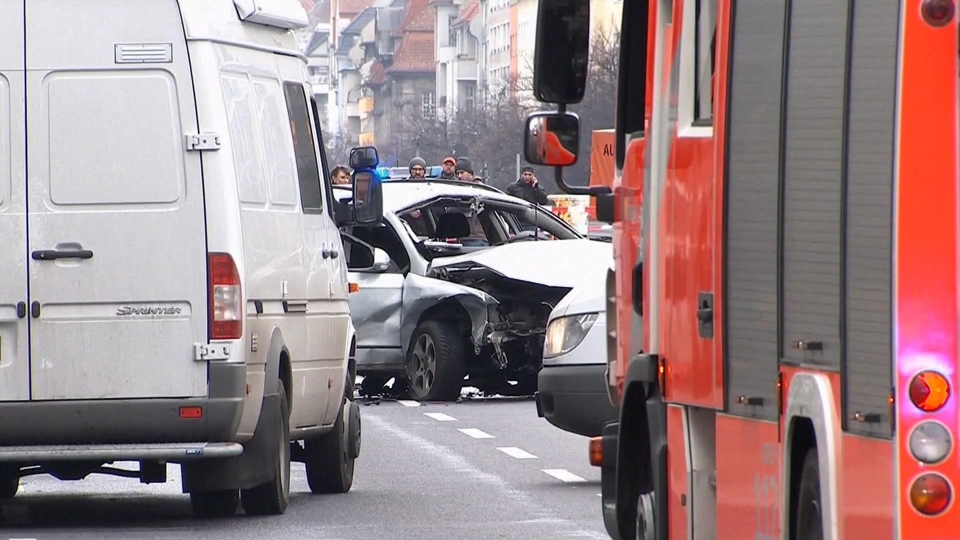 Car Bomb Explodes in German Capital