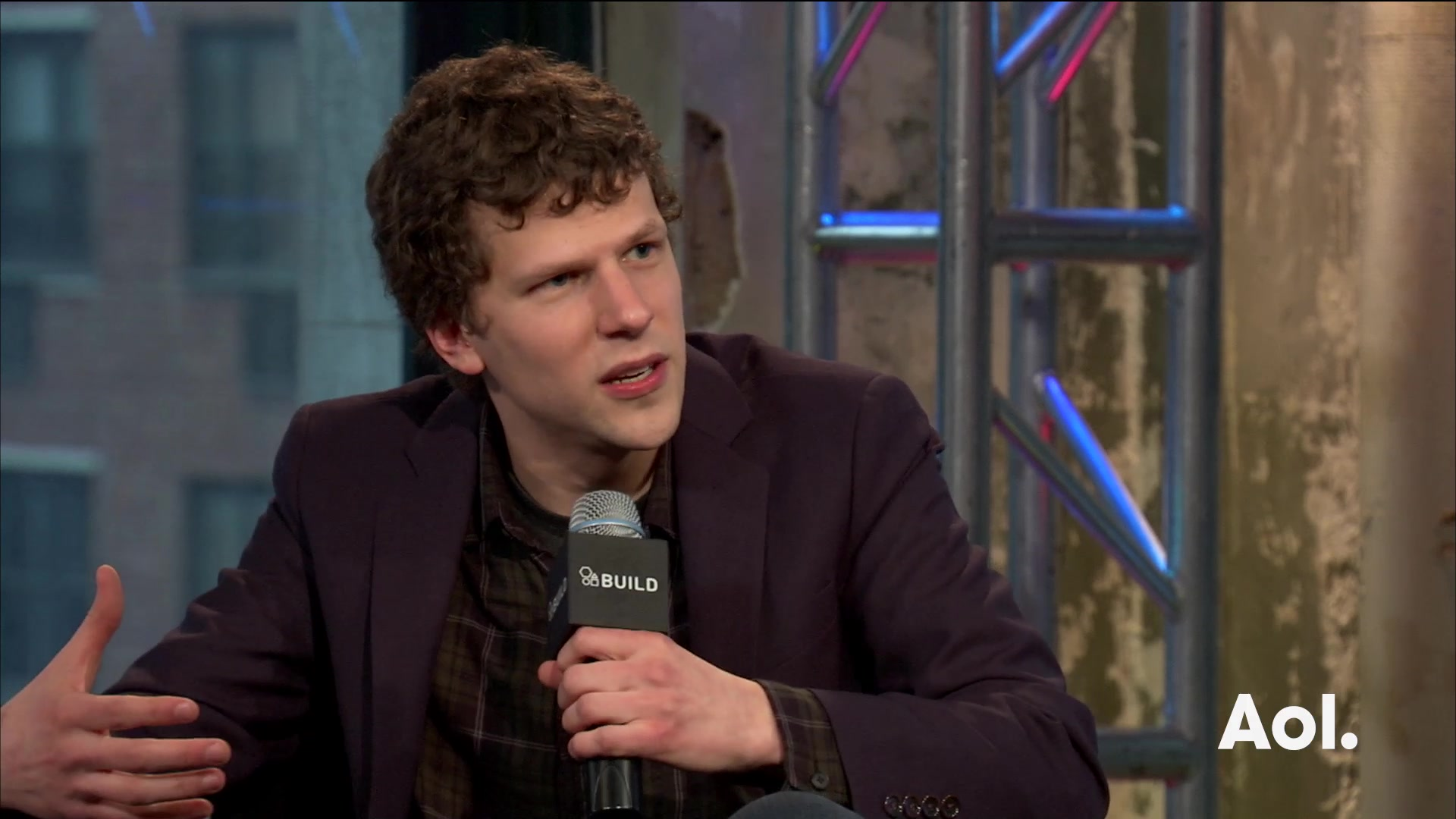 Jesse Eisenberg on Ben Affleck and Henry Cavill