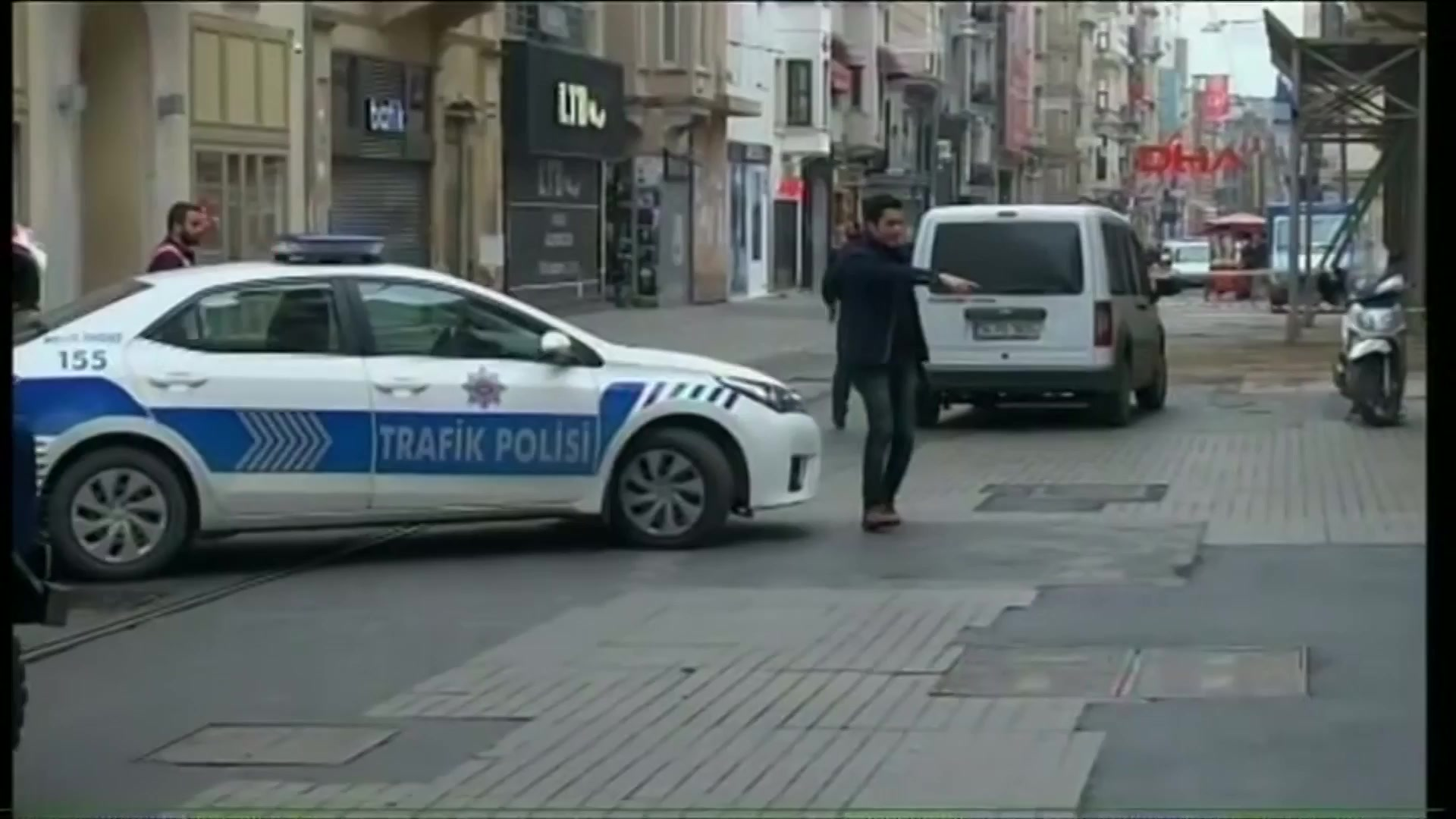 Suicide Bomb Hits Istanbul Shopping District