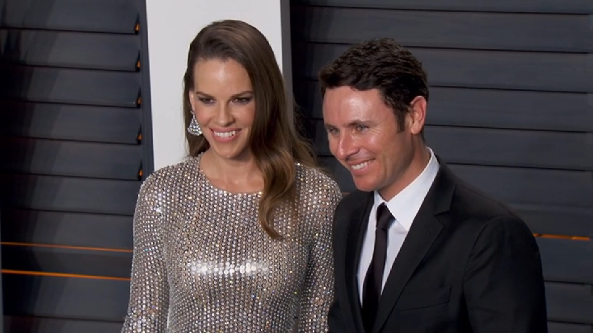 Hilary Swank Gets Engaged