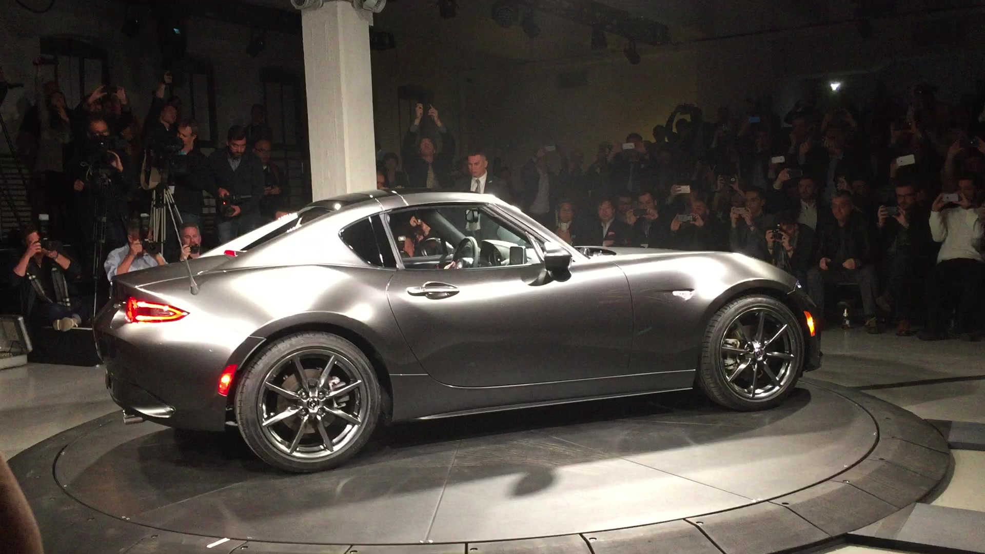 2017 Mazda MX-5 Miata RF Reveal | Autoblog Short Cuts