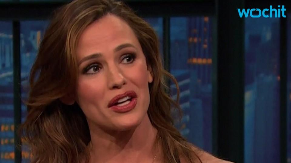 Jennifer Garner Says Son Samuel Still Hates the Paparazzi