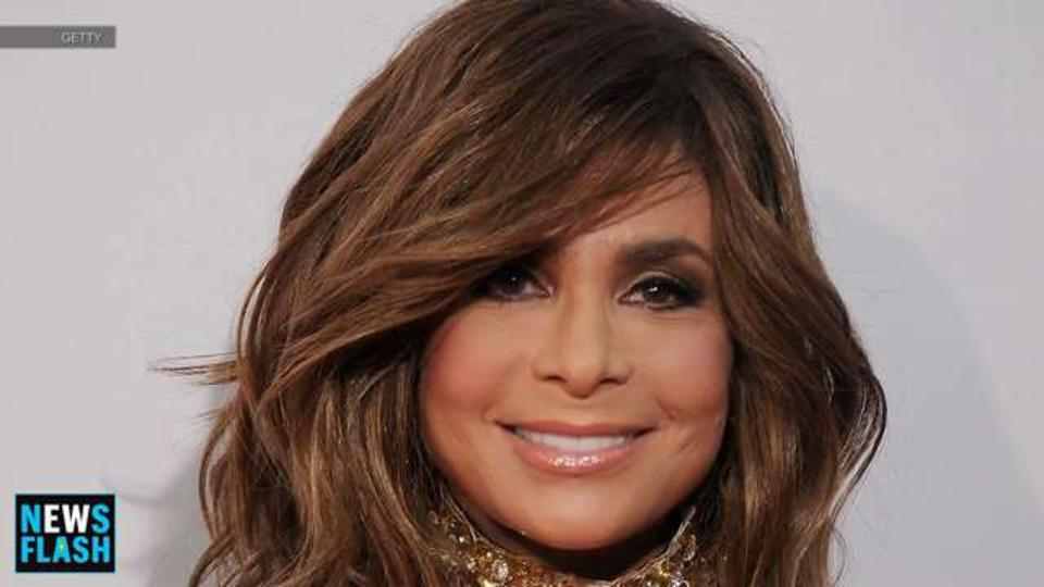 EW News Flash: Paula Abdul reflects on Simon Cowell and 'Saula' shipping