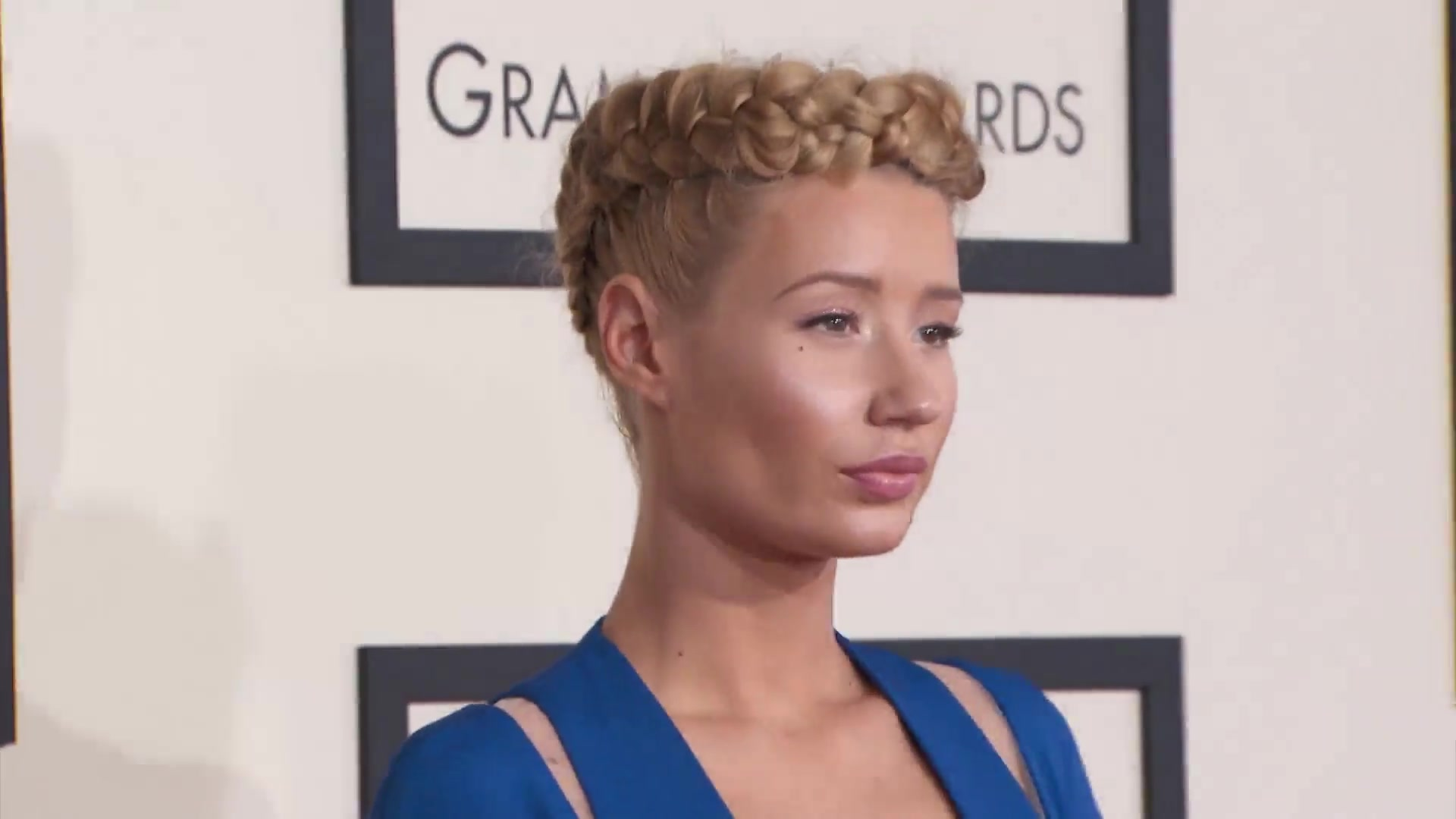 Iggy Azalea Opens Up On Feud With Nicki, What Britney Made Her Do, Plastic Surge