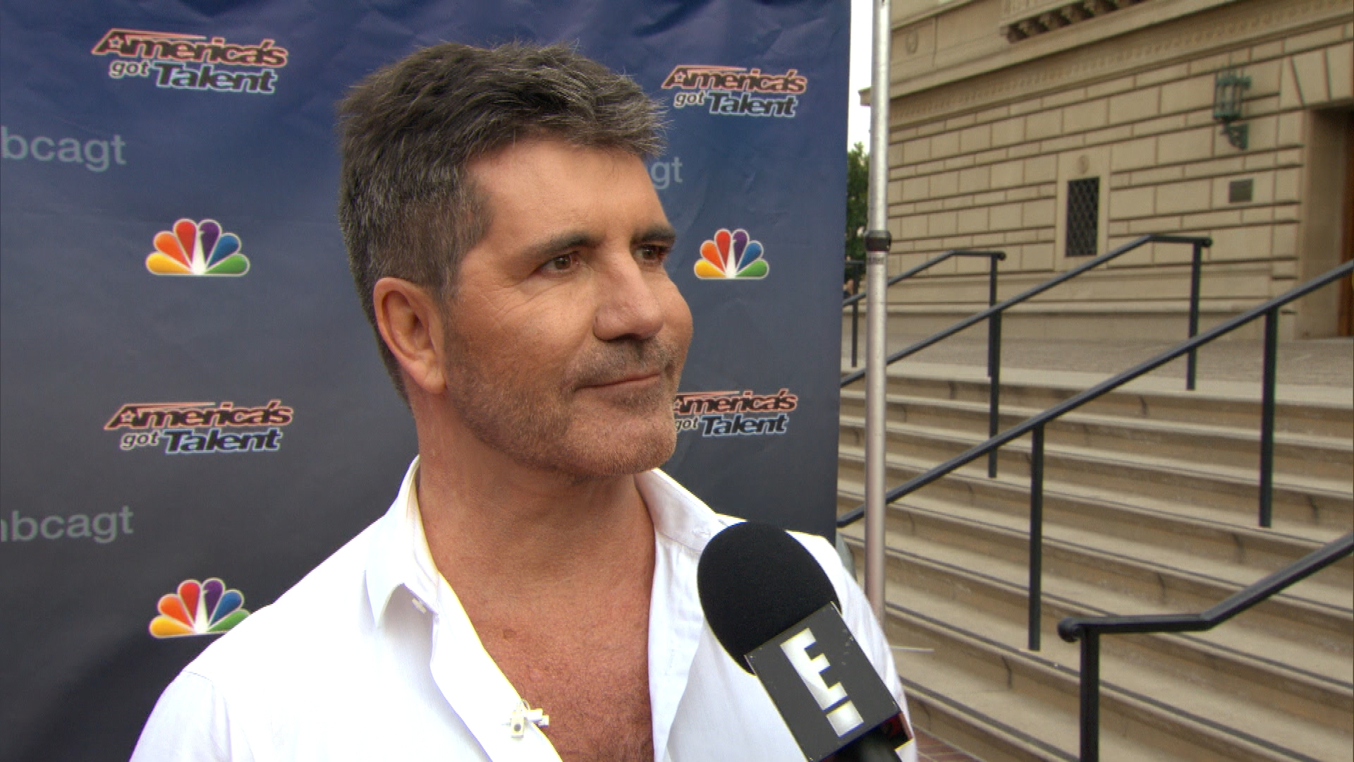 "Simon Cowell Throws Major Shade at ""American Idol"""
