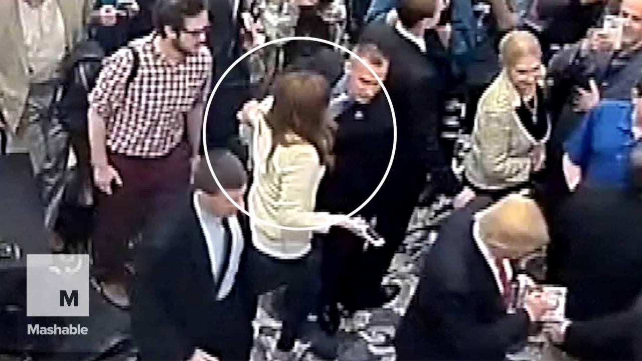 Trump campaign manager charged with battery for grabbing reporter's arm