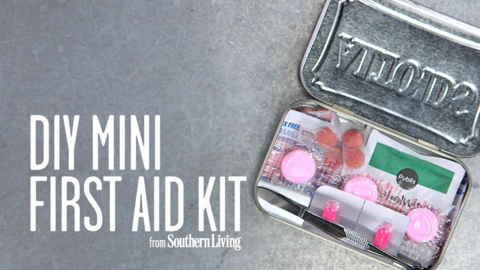 DIY Mini First Aid Kit