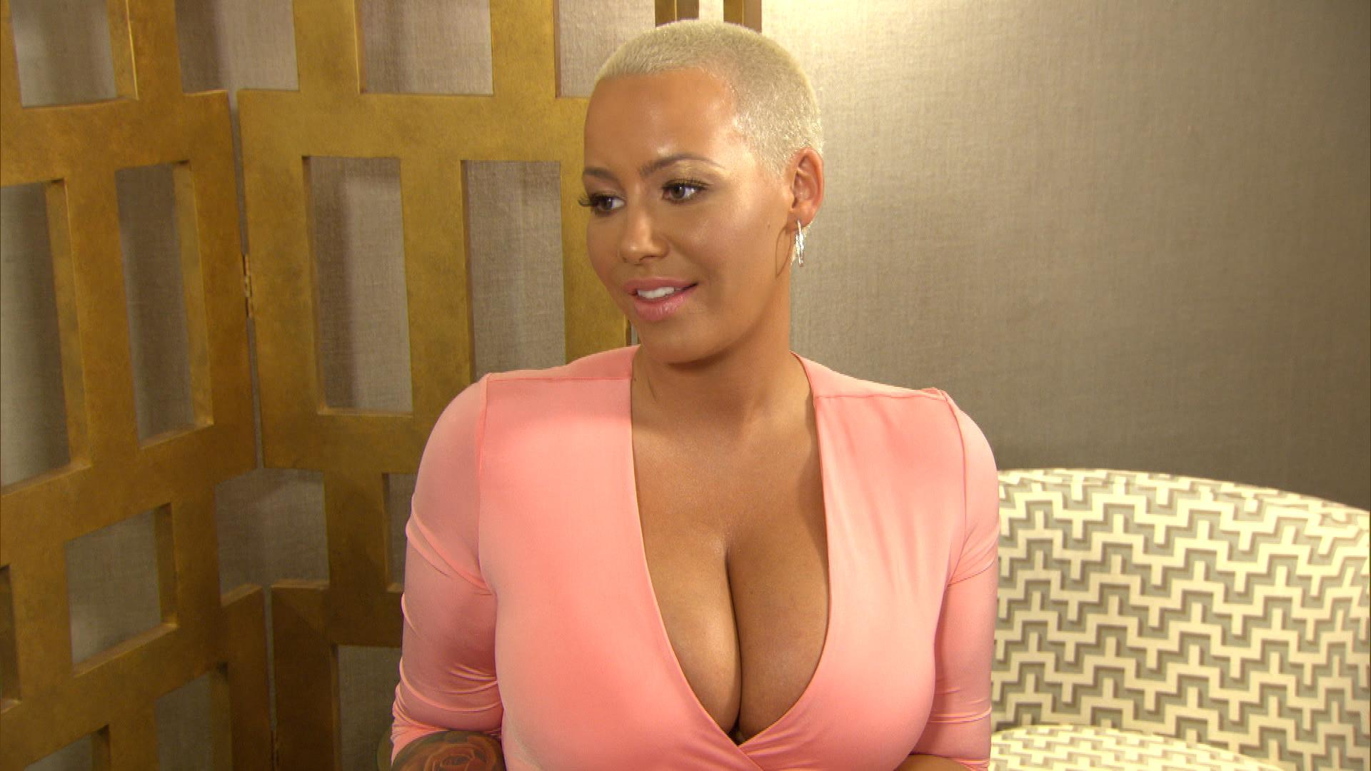 "Amber Rose Is ""Happy"" for Rob Kardashian and Blac Chyna"