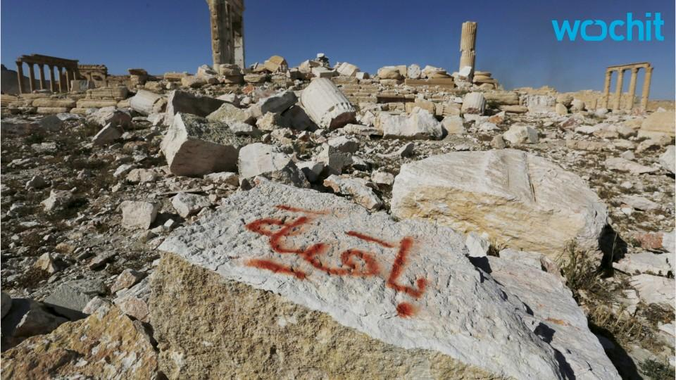 Syrian Army Says Islamic State Planted Thousands Of Mines In Palmyra
