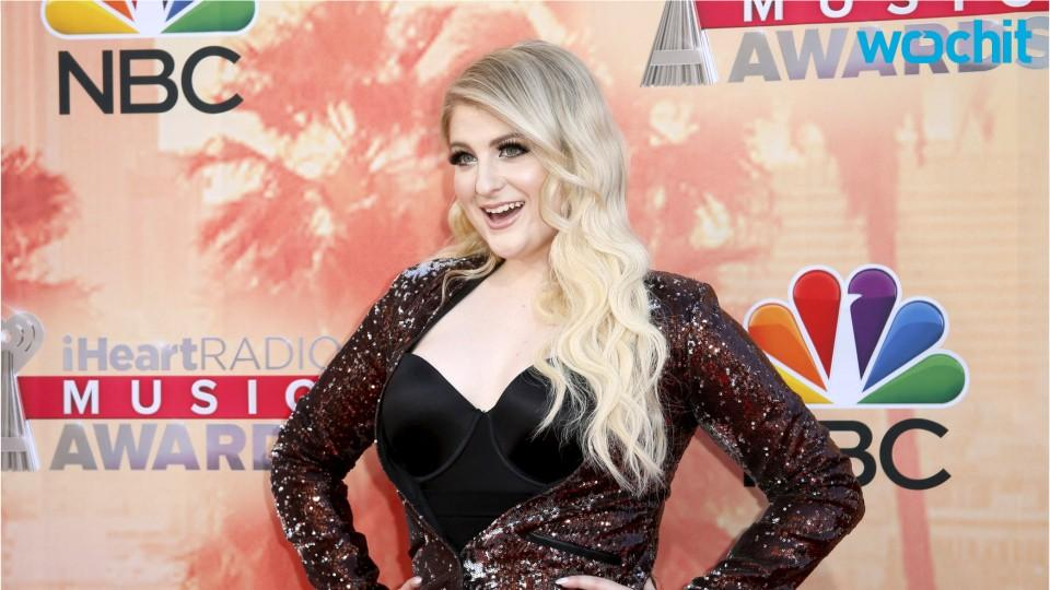 Big Stars At The iHeartRadio Awards