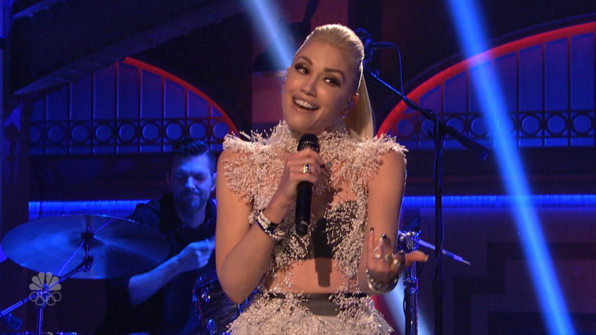 TODAY's Buzz: Gwen Stefani Performs on SNL, Rocks Racy Dress at After-Party