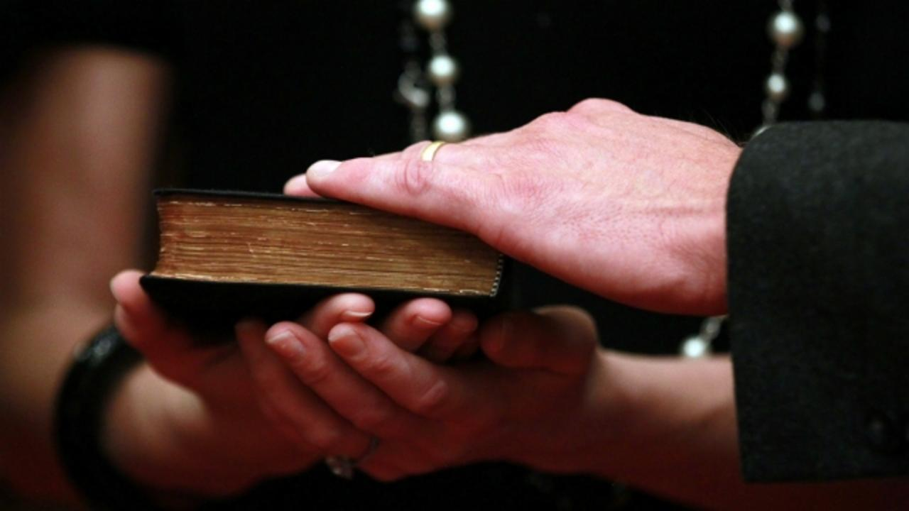 Could the Bible Become Tennessee's Official State Book?