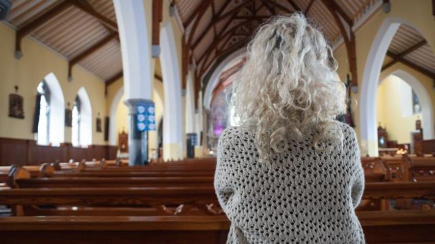 Study Finds Women To Be More Religious Than Men