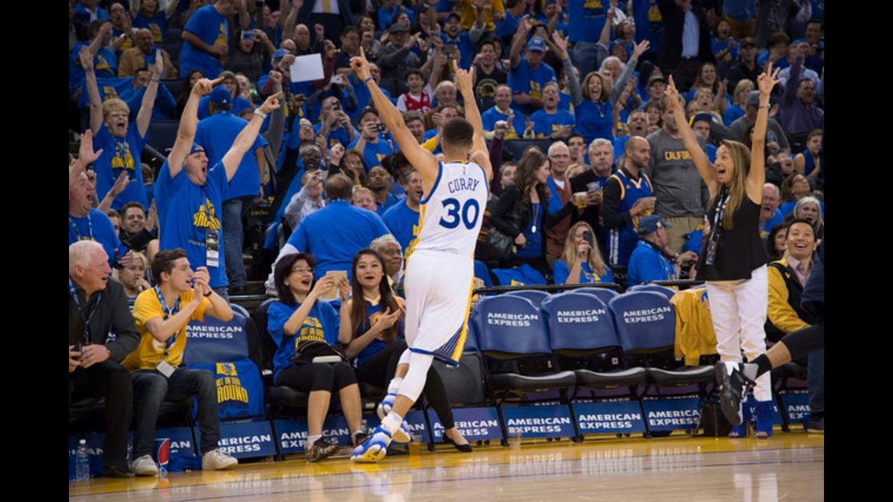 Stephen Curry leads Golden State Warriors to NBA record 73rd win of the season