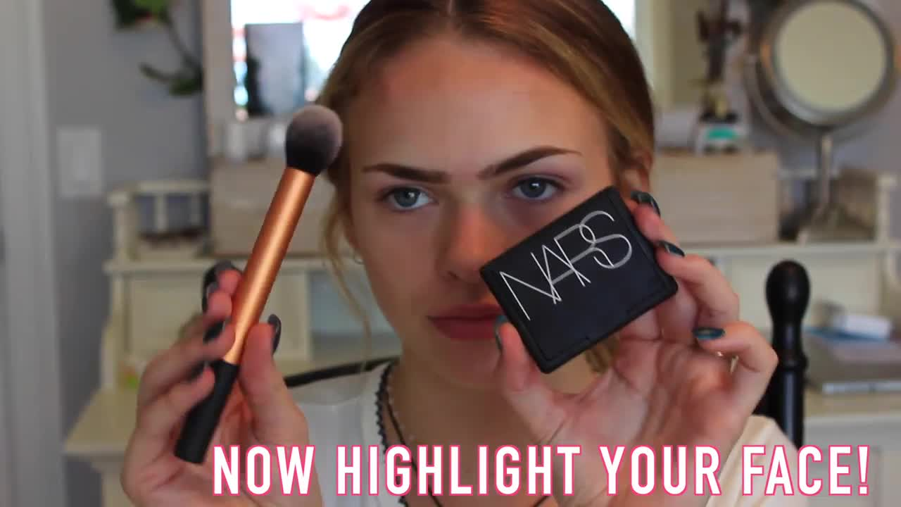 Summer McKeen shows off her everyday makeup routine