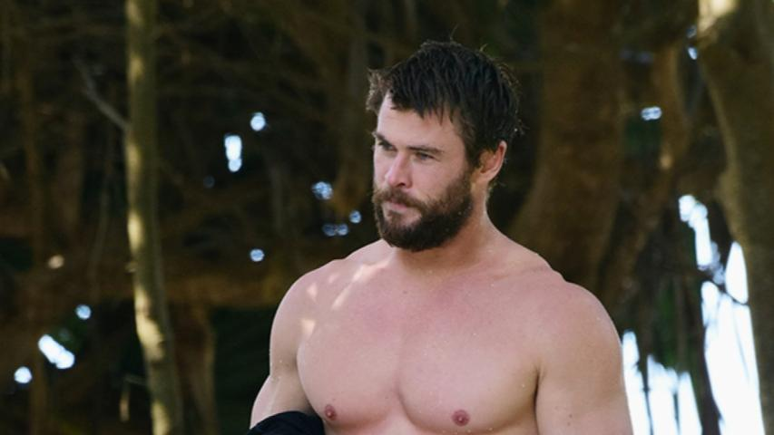 The Big Pic: Chris Hemsworth is Caught Shirtless
