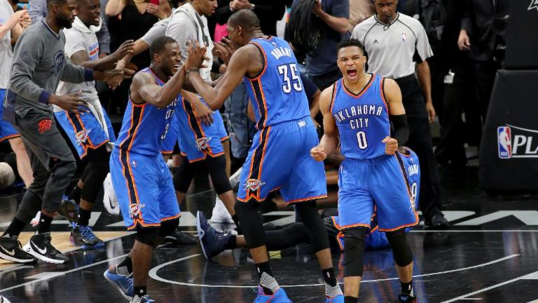 Thunder Hold off Spurs in Controversial Game 2