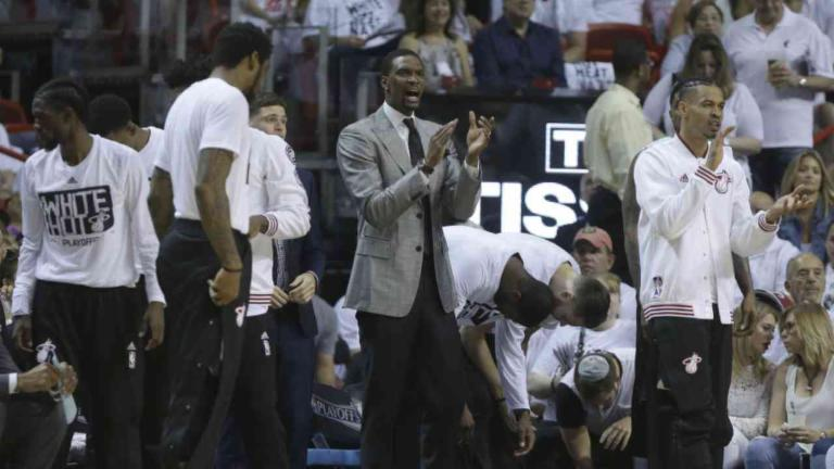 Latest on Chris Bosh on and off the Floor