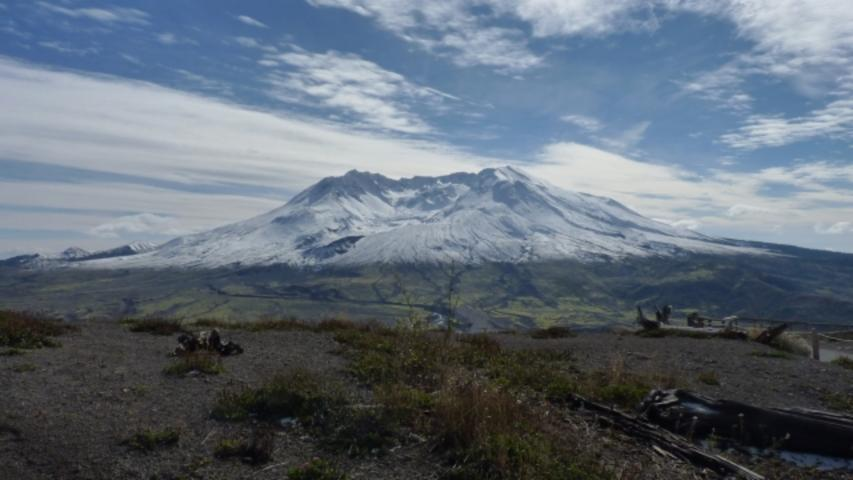 Small Earthquakes Are Shaking The Dormant Mount St. Helens