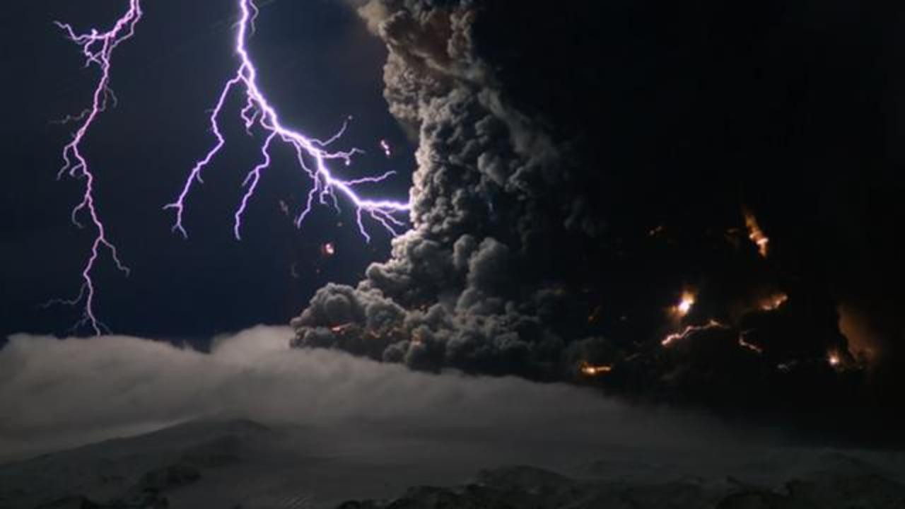World's 10 Strangest Natural Phenomena